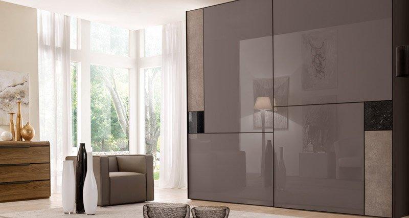 Vuoi un consiglio per scegliere un armadio moderno for Armadi design moderno