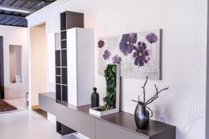 066-showroom
